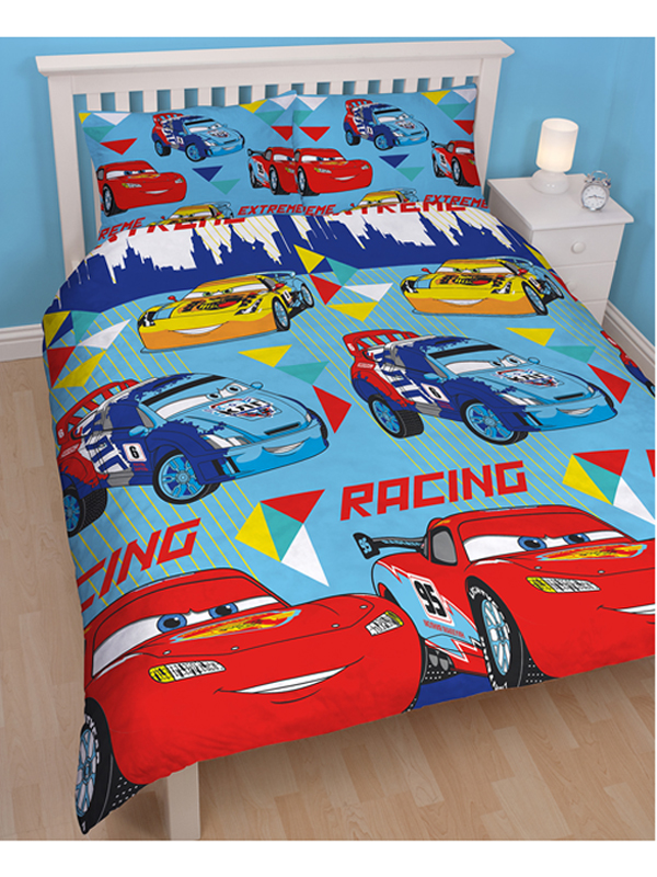 housse de couette cars home garon disney cars parure de lit cars disney strikes pin cars 2. Black Bedroom Furniture Sets. Home Design Ideas