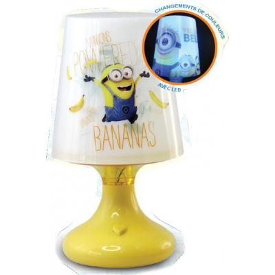 minions mini lampe de chevet led jaune 18 5 x 11 cm minions decokids tous leurs h ros. Black Bedroom Furniture Sets. Home Design Ideas