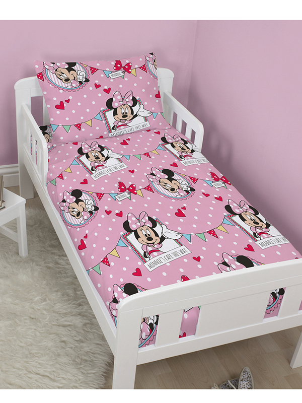 minnie parure de lit housse de couette 120 x 150 cm minnie decokids tous leurs h ros. Black Bedroom Furniture Sets. Home Design Ideas