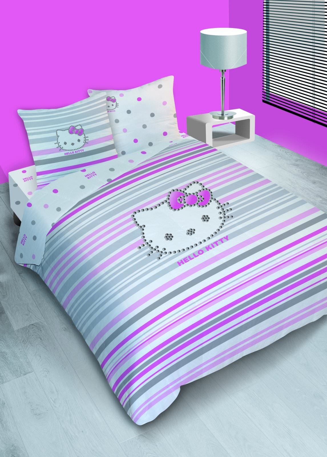 housse de couette hello kitty 140 x 200 cm parure de lit strass decokids. Black Bedroom Furniture Sets. Home Design Ideas