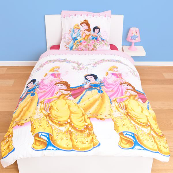 housse de couette disney princesse 140 x 200 cm parure de lit jardin decokids. Black Bedroom Furniture Sets. Home Design Ideas