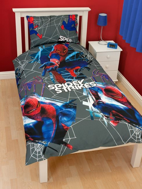 housse de couette spiderman 140 x 200 cm parure de lit. Black Bedroom Furniture Sets. Home Design Ideas