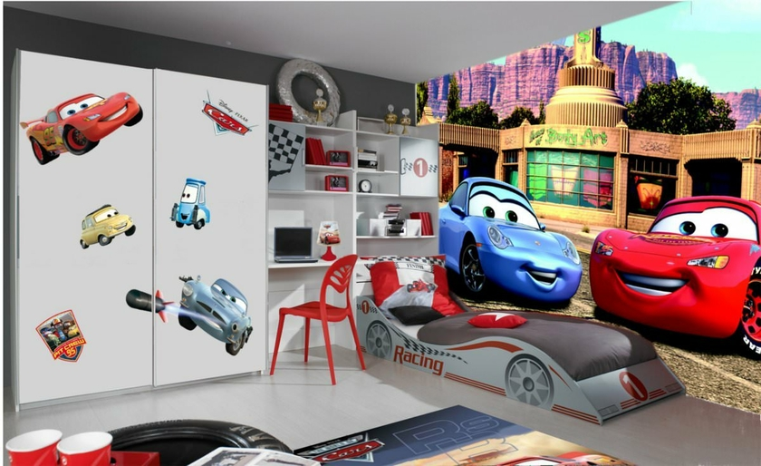 Disney cars 2 poster papier peint xxl 360x254 cm for Decoration chambre spiderman
