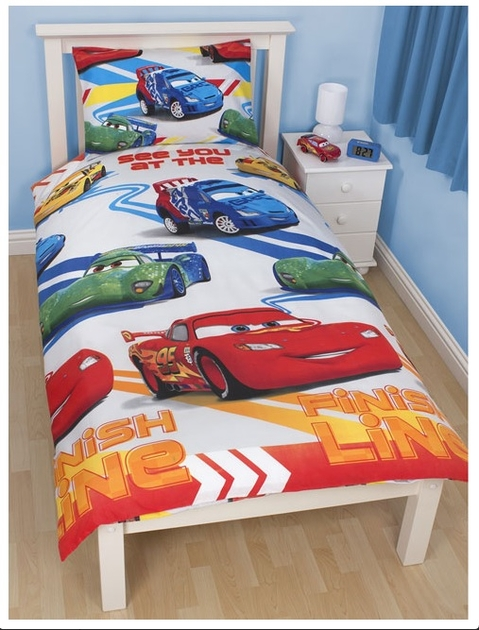 disney cars 2 parure de lit housse de couette 140 x 200 cm 39 speed 39 disney cars. Black Bedroom Furniture Sets. Home Design Ideas