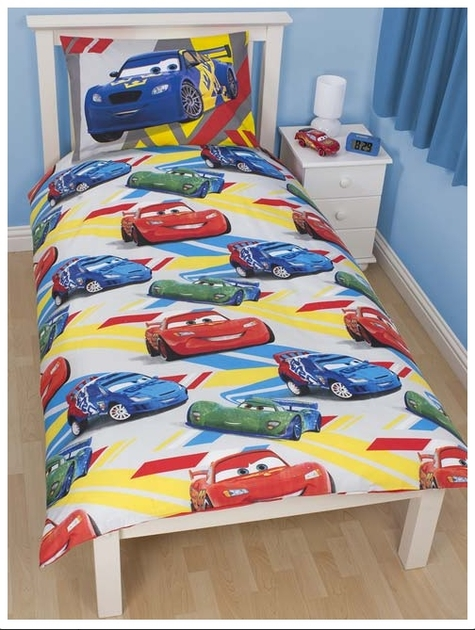 disney cars 2 parure de lit housse de couette 140 x 200 cm 39 speed 39 disney cars. Black Bedroom Furniture Sets. Home Design Ideas