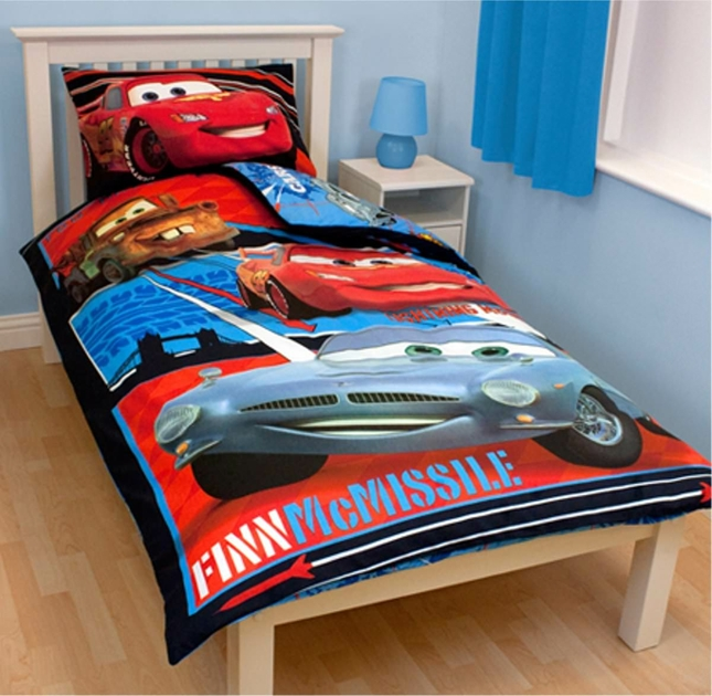 housse de couette disney cars 140 x 200 cm parure de lit mc missile decokids. Black Bedroom Furniture Sets. Home Design Ideas