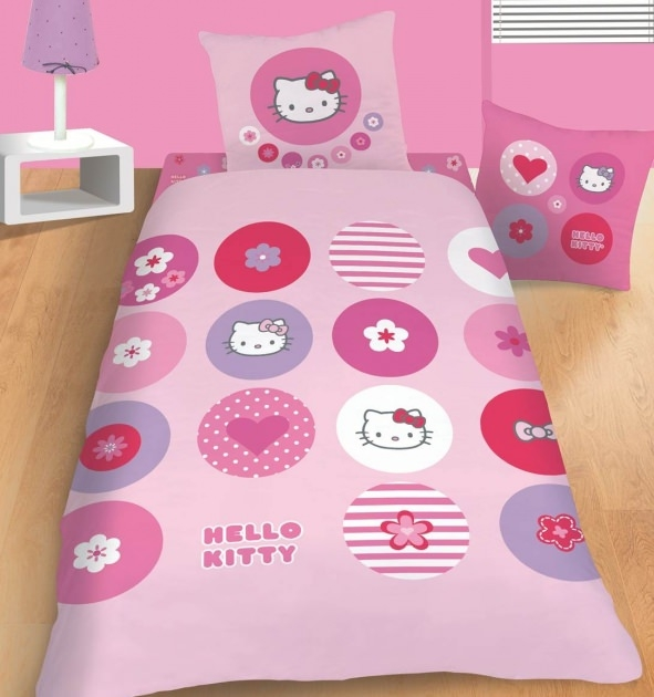 housse de couette hello kitty 140 x 200 cm parure de lit. Black Bedroom Furniture Sets. Home Design Ideas