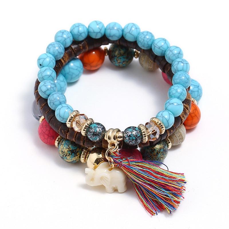 Bracelet Bohème de perles en pierre et bois et bijou éléphant