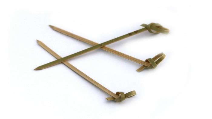 Piques cocktail bambou ruban 12 cm en paquet de 100