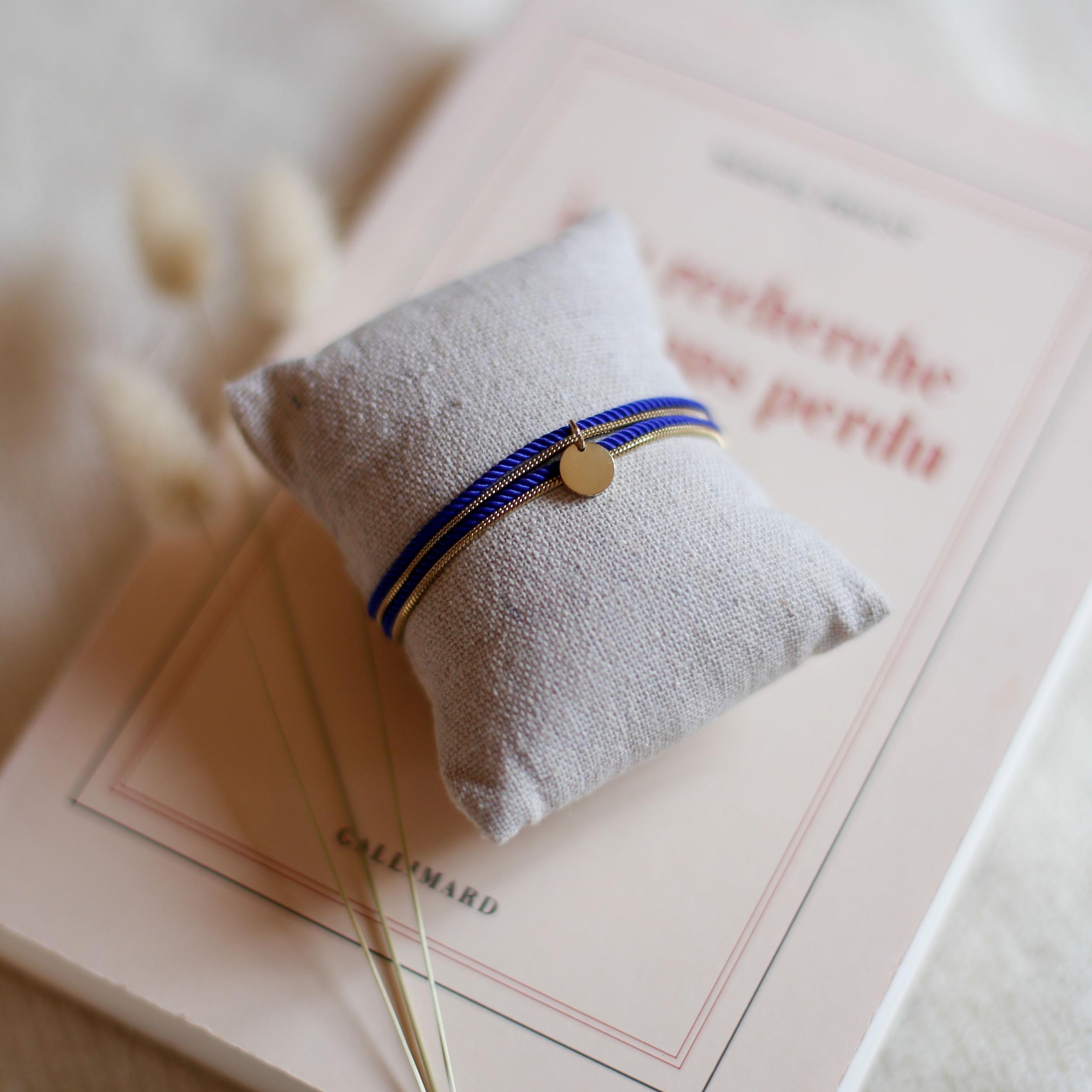 Valentine - Doré avec corde Bleu Majorelle
