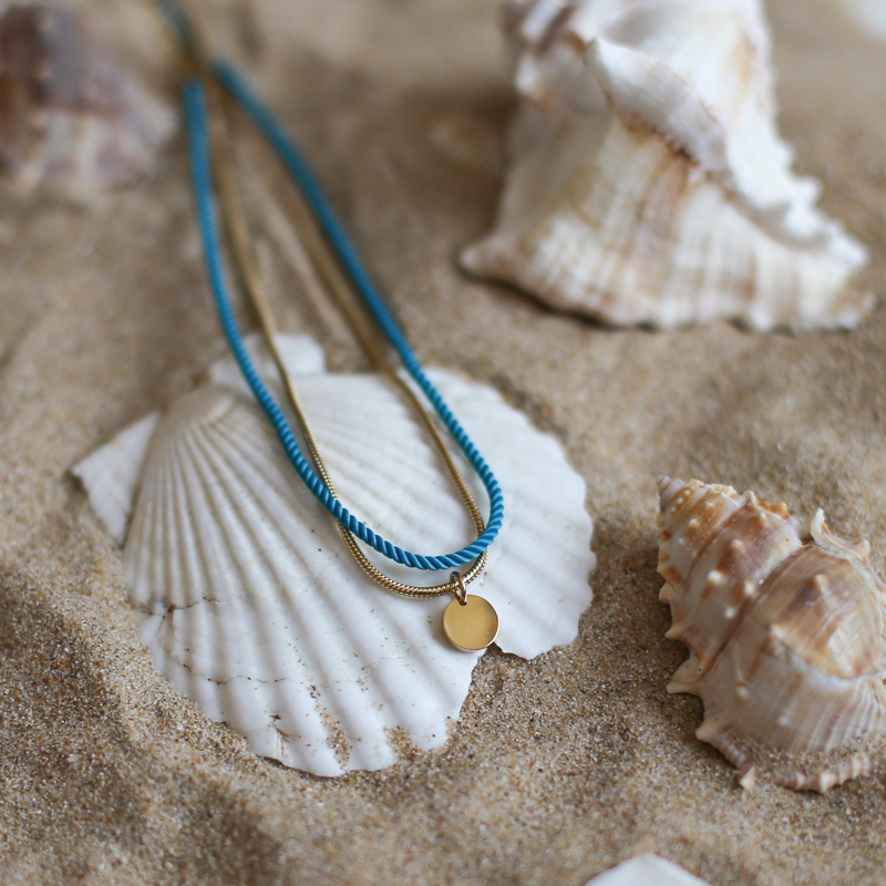 Valentine - Doré avec corde Turquoise