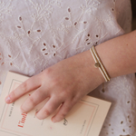 porte-bracelet-collier-acier-or-valentoine-ecru