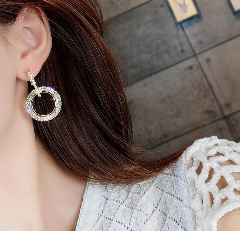 bijoux créatifs de haute qualité boucles d\'oreilles Or et argent nombreux modèles