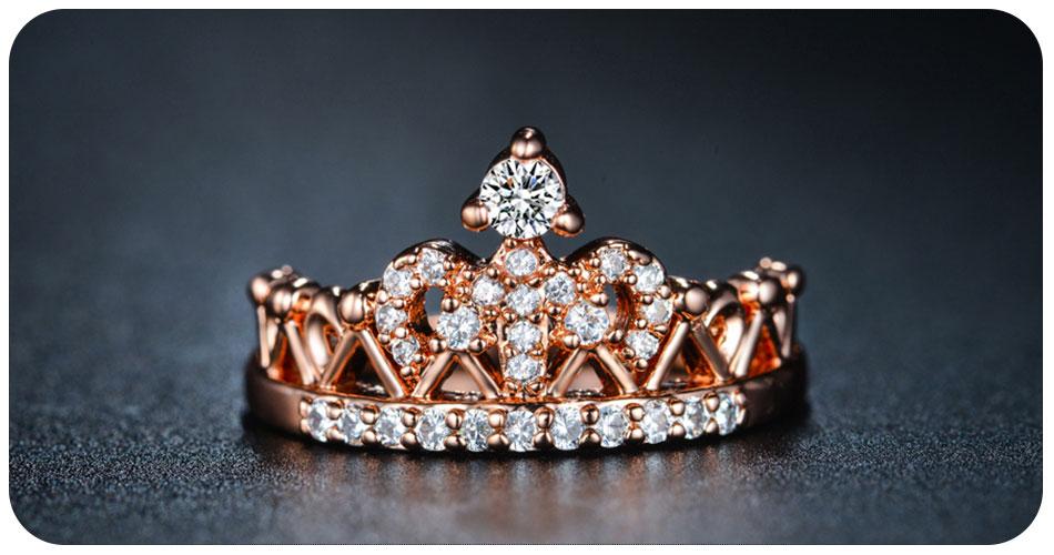 Bague en forme de couronne en plaqué argent ou or