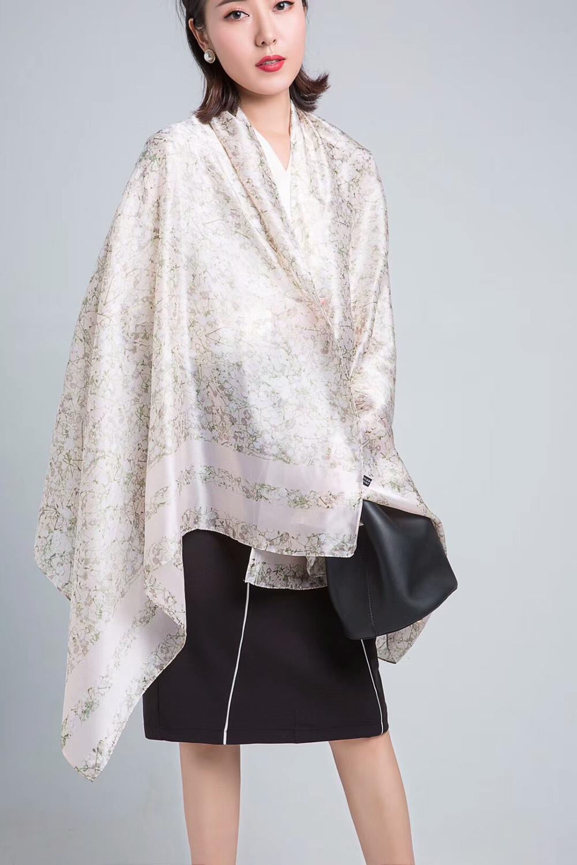 foulard en soie naturelle blanc