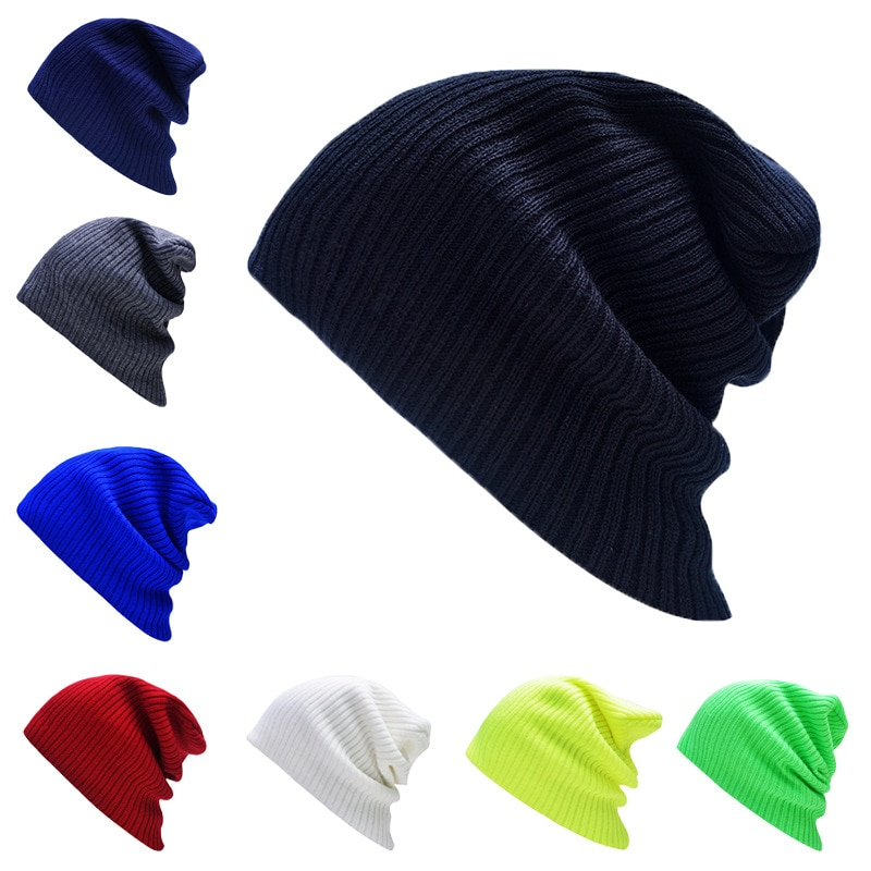 Bonnet a la mode de differente couleurs
