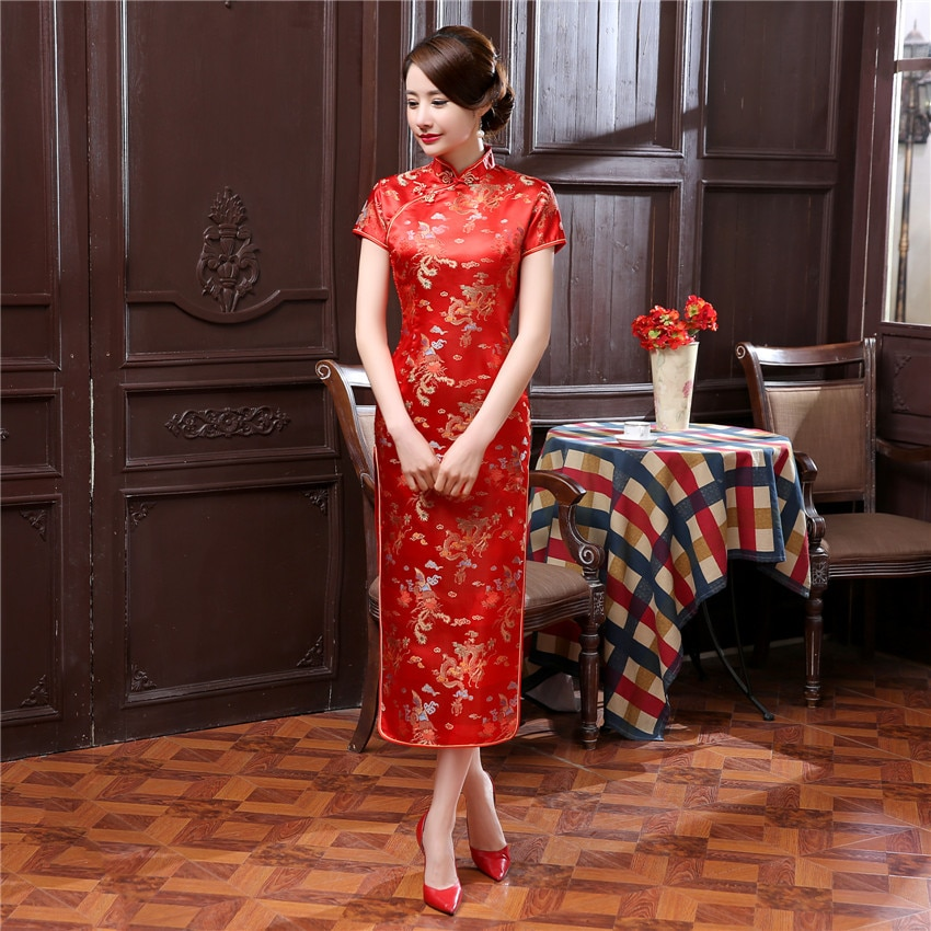 Vétement traditionel chinois le Qipao en 17 couleurs du S au 6 XL