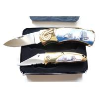 Coffret acier + 2 couteaux pliants - Bateau caravelle.