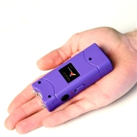 Taser shocker électrique violet - Tazer Power 6 800 000 volts !.