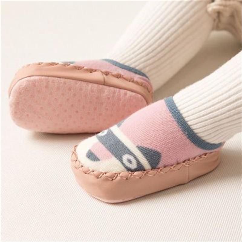 chaussettes antidérapantes raton-laveur pour bébé
