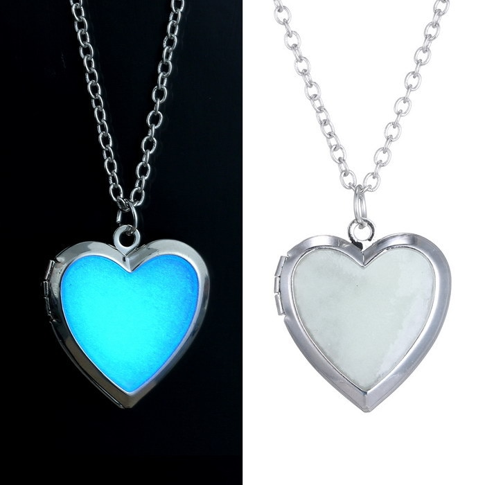 Pendentif coeur fluorescent