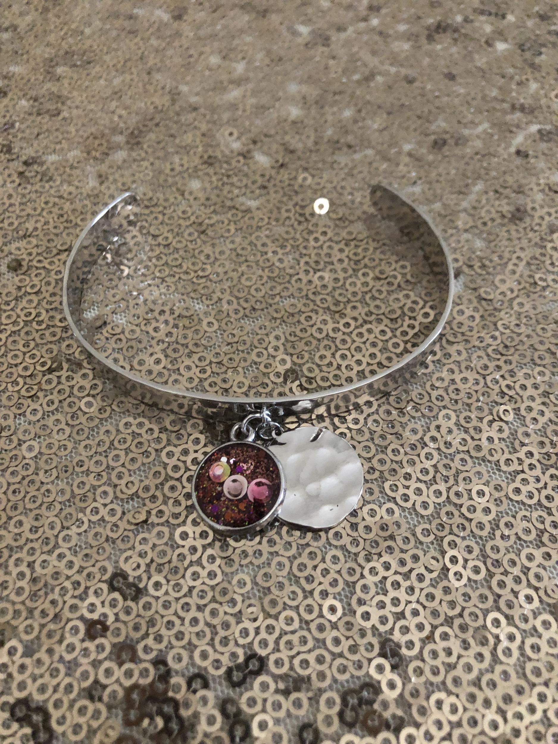 Bracelet martelé soin Affirmation de soi, chakra gorge