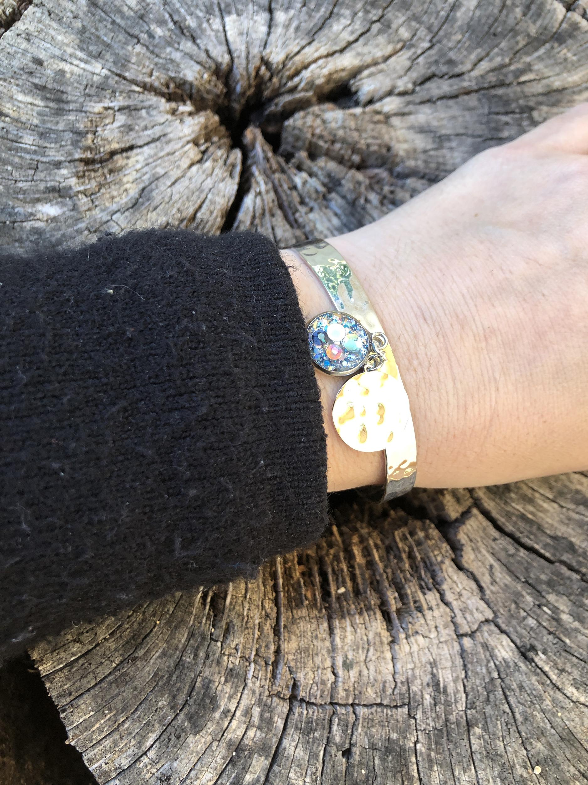Bracelet martelé  soin Amour de soi
