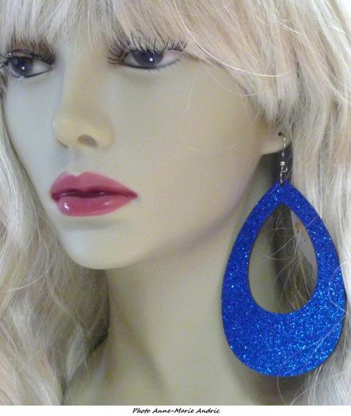 Boucles d\'oreille ovales disco pailletées bleues
