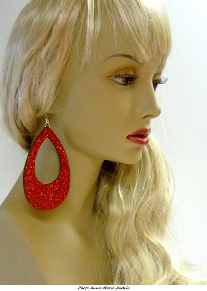 Boucles d\'oreille ovales disco pailletées rouges