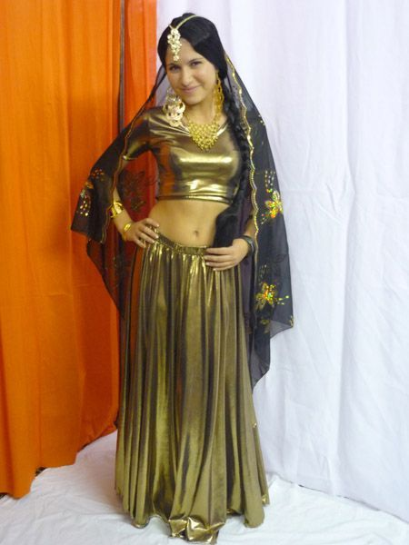 Costume Bollywood luxe Doré Avec Voile