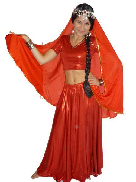 Costume Bollywood luxe Rouge Métallisé Avec Voile
