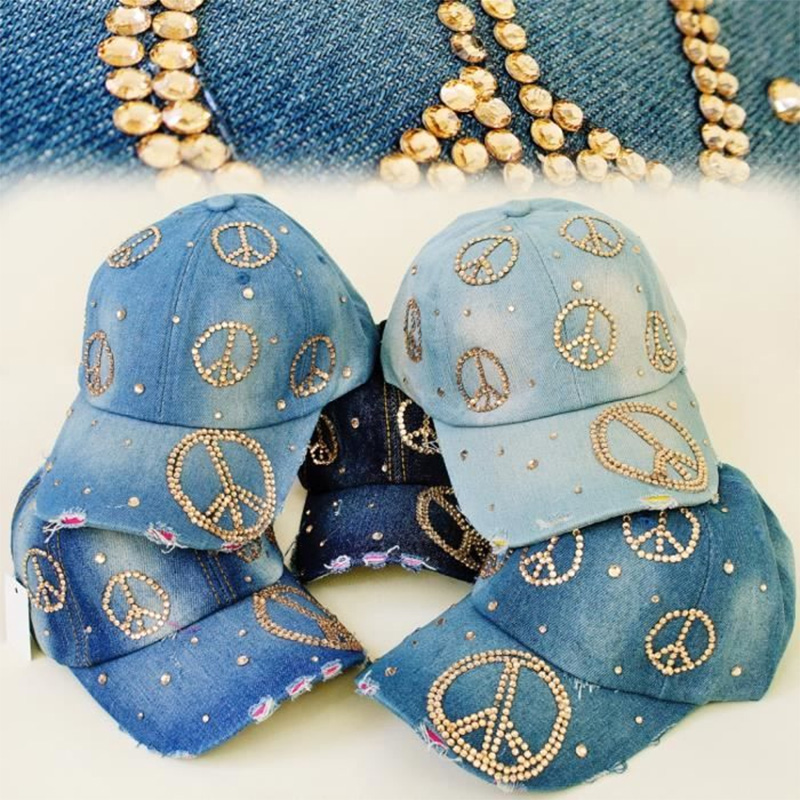 Casquette jean avec strass thème peace and love