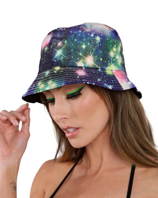 Chapeau bob thème galaxie