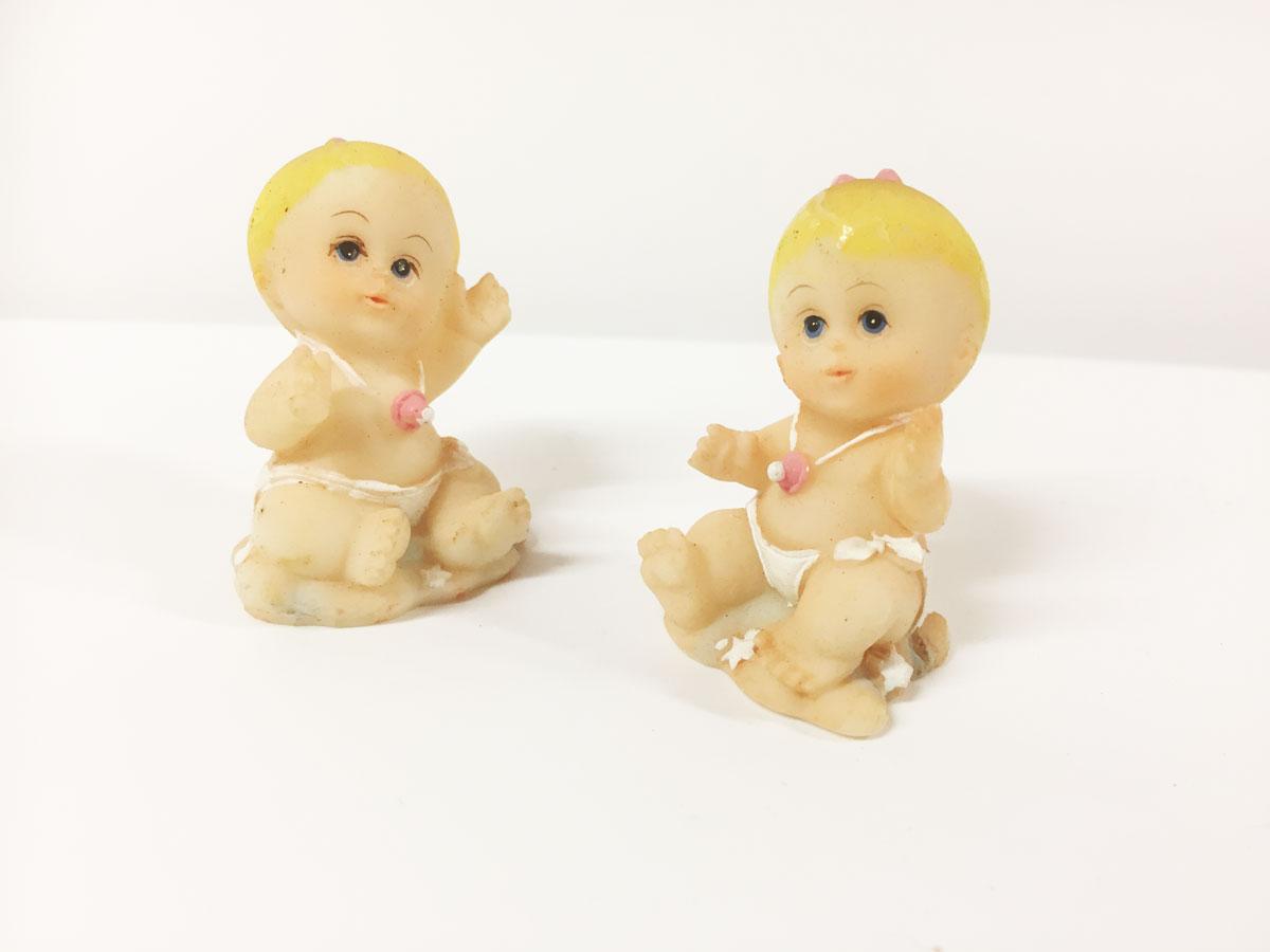 2 figurines résine bébé fille sur nuage