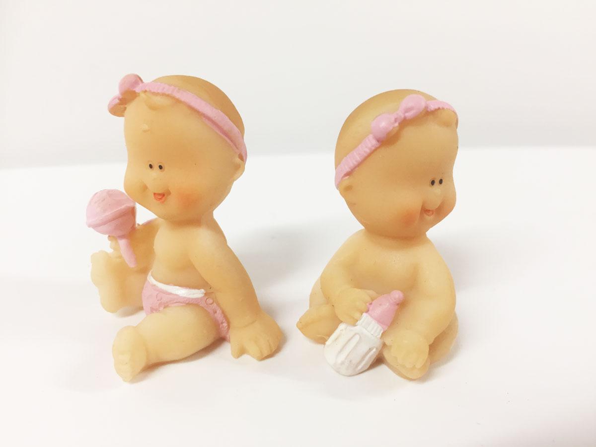 2 figurines bébé fille