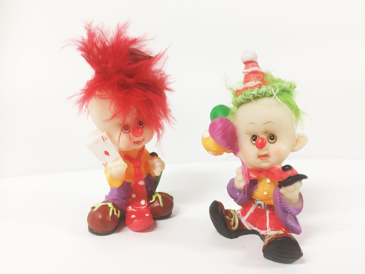 2 figurines en résine clown