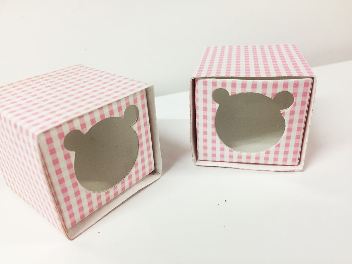 2 boites dragées vichy rose thème ourson