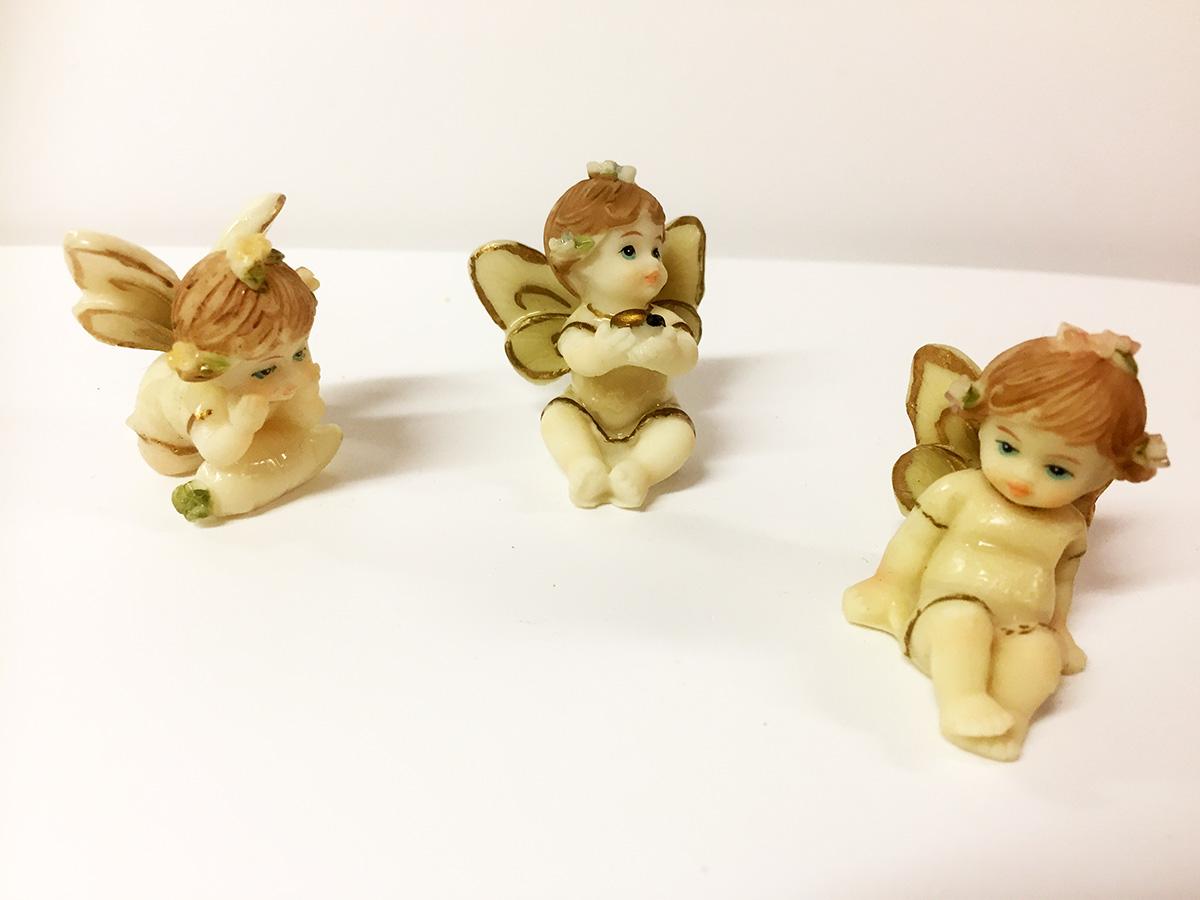 3 figurines angelots ivoires résine émaillée