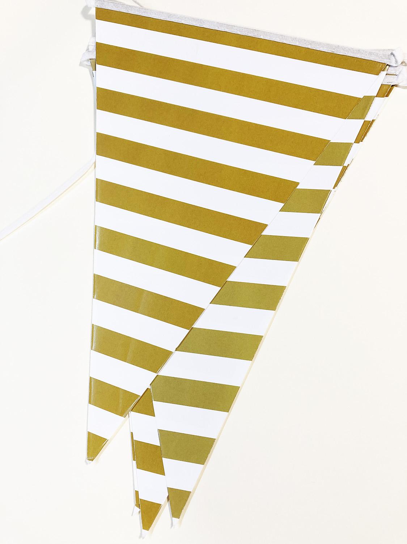 Guirlande fanions rayée blanc et or