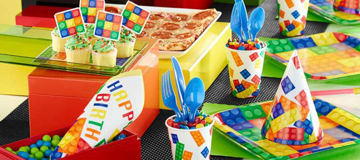 8 gobelets Lego block party