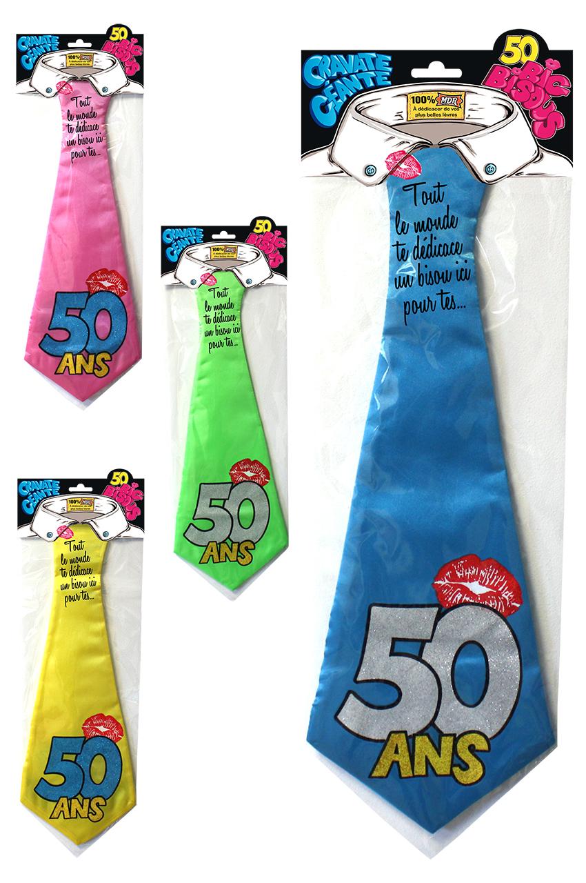 Cravate géante 50 ans
