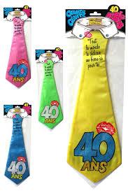 Cravate géante 40 ans