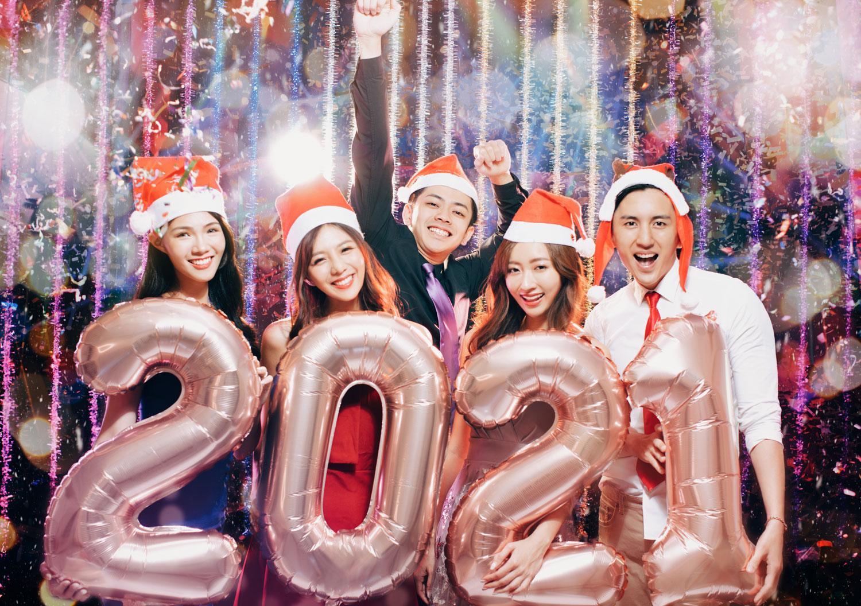 Ballons chiffres géants 2021 rose gold avec hélium
