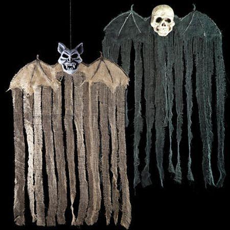 Suspension Halloween ailée tête de mort