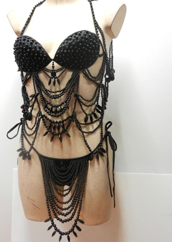 Ensemble brésilien en perles noires