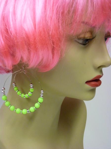 Boucles d\'oreilles fluo vert
