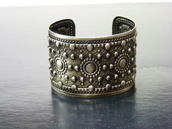 Bracelet en métal argent