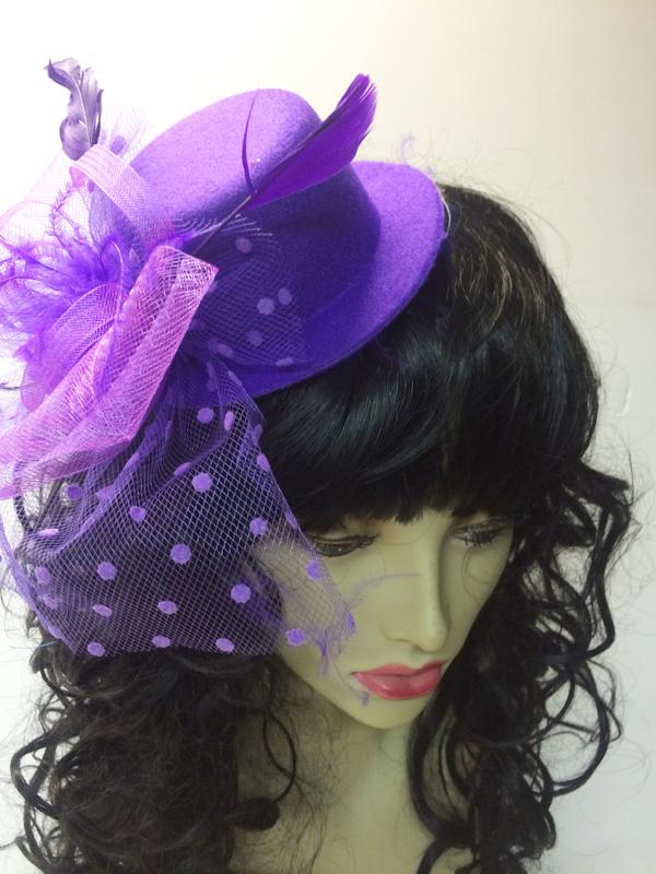 Mini chapeau avec voilette violet