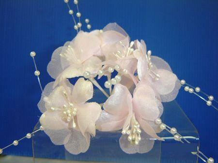 Bouquet de Fleurs En Organza Et Perles
