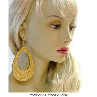 Boucles d'oreille ovales disco pailletées dorées